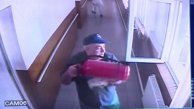 Abia eliberat din inchisoare, un barbat de 61 de ani a distrus un adapost din Buzau: \