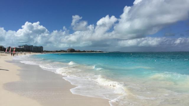 Care este cea mai frumoasa plaja din lume. O insula ce apartine Spaniei, in top 10 preferinte ale turistilor in 2016 - Imaginea 2