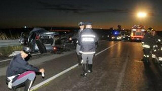 Un roman a scapat cu viata dintr-un accident, in Italia, dar a murit dupa ce a cazut in prapastia de la marginea autostrazii - Imaginea 1