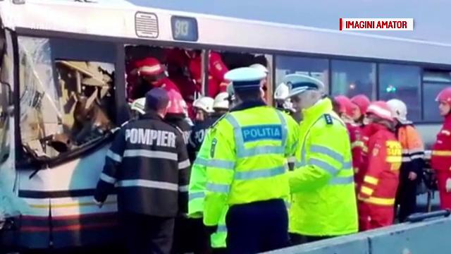 12 raniti in Cluj, dupa ce un autobuz a fost izbit de o cisterna. Cum s-a produs accidentul