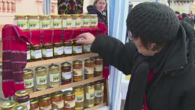 Mierea romaneasca ecologica i-a cucerit pe straini. Cat din productie merge la export anual