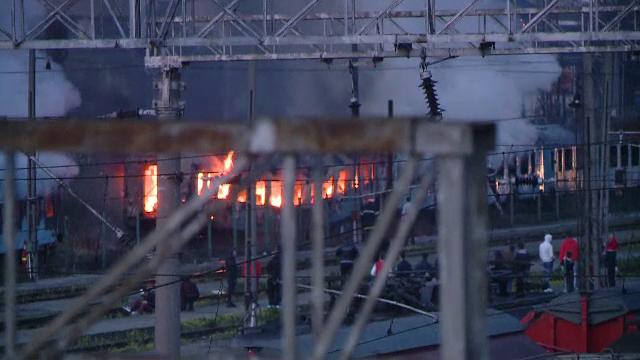 Incendiu violent in Gara de Nord din Timisoara. Un om al strazii a ars de viu intr-un vagon de tren dezafectat