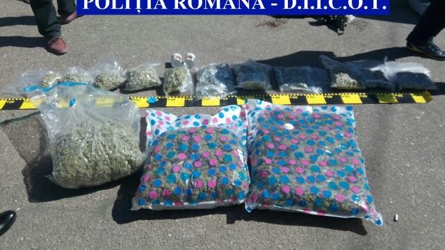 Traficanti de droguri prinsi la Slatina cu 9 kilograme de canabis. Valoarea cu care ar fi fost vandute drogurile