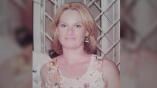 Femeie de 34 de ani, ucisă de fostul iubit, pentru că îl părăsise pentru fostul soț