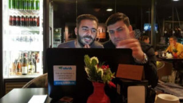 """Proiectul unor români, concurență pentru Booking și Airbnb. """"Ghidăm turiștii spre alte experiențe"""""""