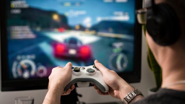 Un copil de 9 ani și-a ucis sora din cauza unui joc video. Gestul care l-a enervat la culme