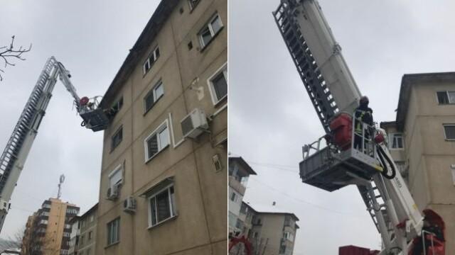 Copil de un an și jumătate, rămas încuiat într-un apartament de la etajul 4