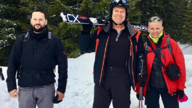 Preşedintele Klaus Iohannis, din nou la schi. FOTO