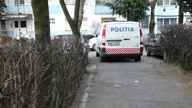 O fată de 15 ani a fost răpită de pe stradă, în Gorj. Tatăl ei a sunat la 112