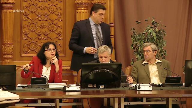 Deputații din Comisia juridică au respins proiectul privind amnistia și graţierea