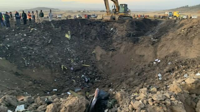 Martor: Înainte să se izbească de pământ, din avion ieșea fum și se auzea un zgomot ciudat - Imaginea 5
