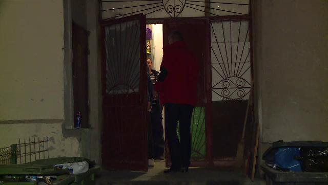 Fost angajat al MAI, suspectat că și-a ucis soția. Cum au găsit-o pompierii în apartament - Imaginea 2