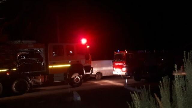 Incendiu la o casă din Arad. O persoană a murit, iar alte două au fost rănite. FOTO - Imaginea 2