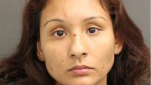 O femeie și-a înjunghiat fiica de 11 ani pentru a nu avea relații intime cu bărbați