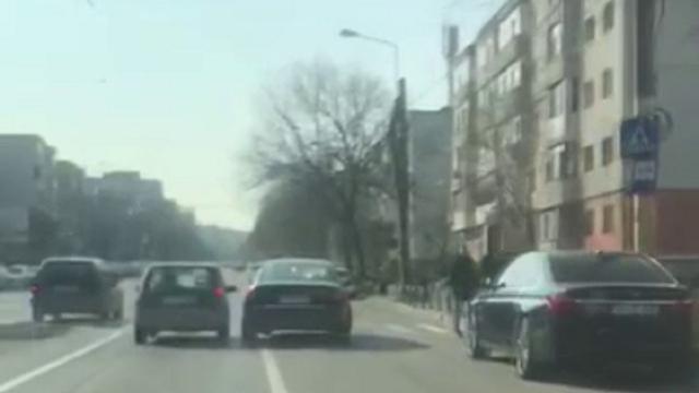Urmărire periculoasă în Constanța. Un fost deținut a făcut slalom cu mașina printre oameni