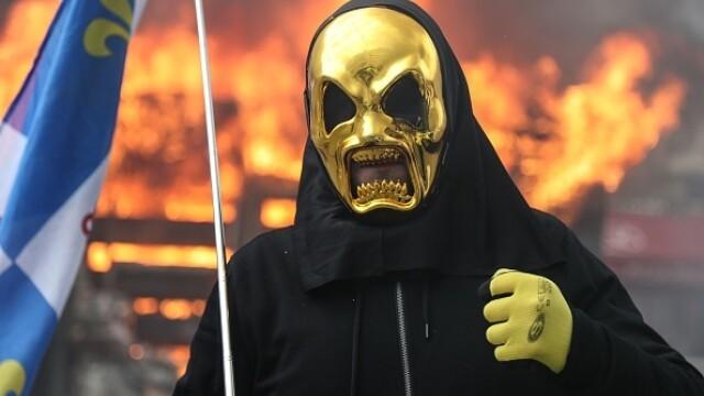 Violenţe în Paris. Vestele galbene se luptă cu forţele de ordine , în al 18-lea weekend de mobilizare civică - 17