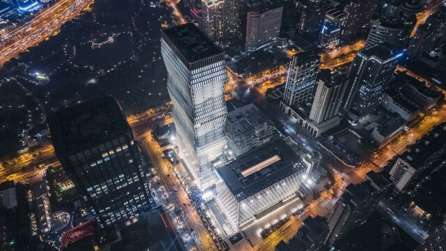 Cum arată turnul din Shanghai inspirat de sculptura artistului Constantin Brâncuși - Imaginea 4