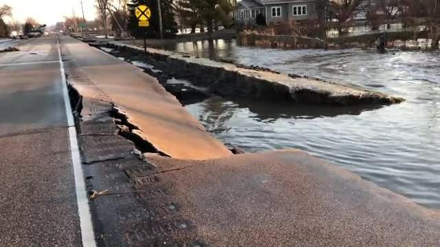 14 state americane sunt în alertă din cauza inundațiilor. Pagube uriașe la infrastructură