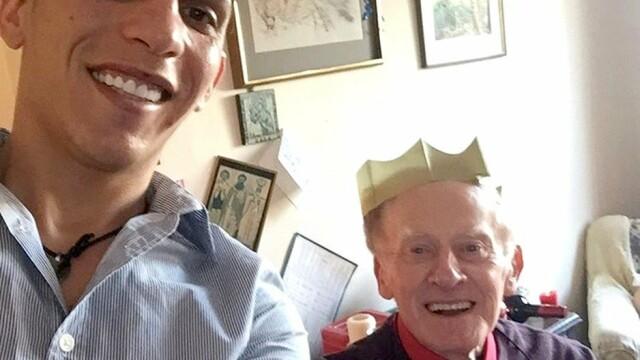 Cum arăta Florin înainte să se căsătorească cu vicarul gay cu 55 de ani mai în vârstă - Imaginea 9