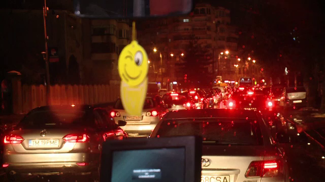 Cum s-a rezolvat problema traficului aglomerat în Cluj și Timișoara. Capitala a rămas în urmă