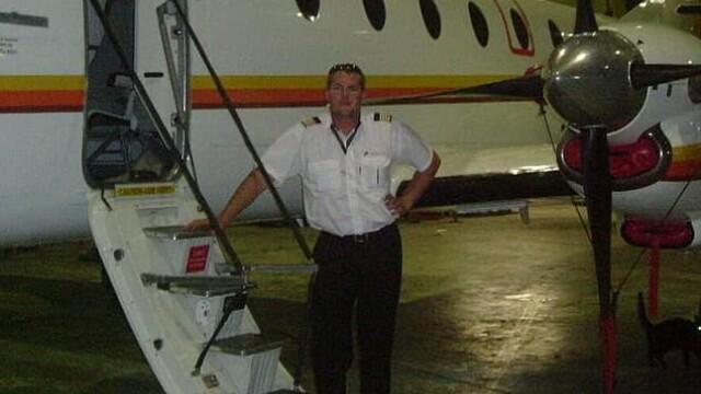 pilot, avion furat