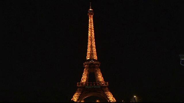 ora pamantului, lume, paris, roma, hong kong, cladiri simbolice,