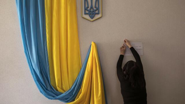 Alegeri prezidențiale în Ucraina. Un actor fără experiență politică a câștigat prima rundă - Imaginea 5