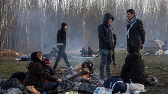 """Erdogan ameninţă UE cu """"milioane"""" de migranţi. Grecia solicită sprijin rapid - Imaginea 10"""