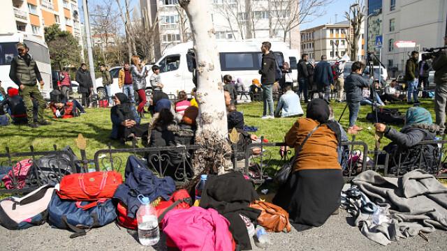 """Erdogan ameninţă UE cu """"milioane"""" de migranţi. Grecia solicită sprijin rapid - Imaginea 6"""