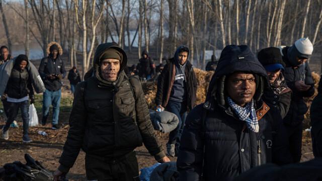 """Erdogan ameninţă UE cu """"milioane"""" de migranţi. Grecia solicită sprijin rapid - Imaginea 5"""