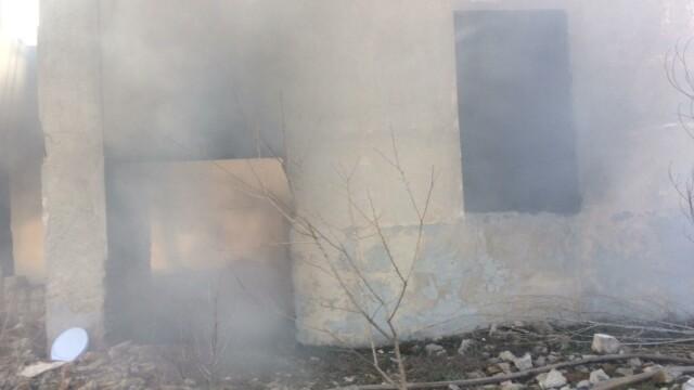 Nou episod de poluare în București. Au ars gunoaie depozitate ilegal - Imaginea 6