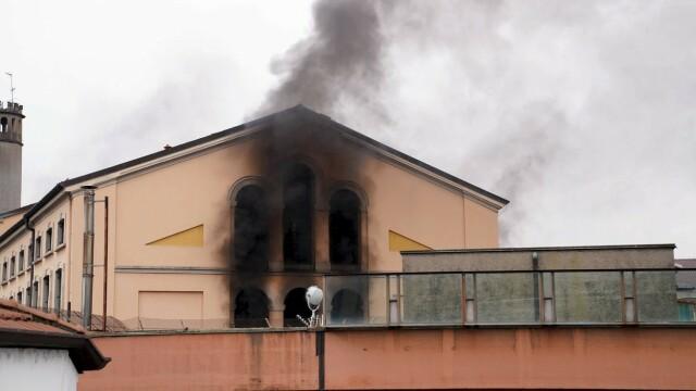 Revolte în închisorile din Italia din cauza coronavirusului: gardieni luați ostatici și 6 morți - Imaginea 4