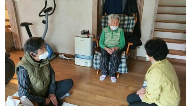 O femeie de 96 de ani din Coreea de Sud s-a vindecat de coronavirus