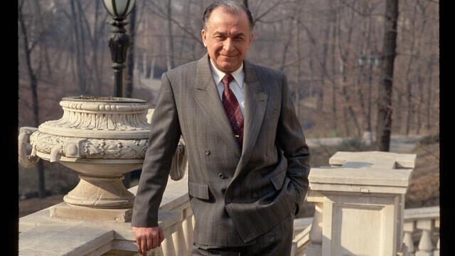 Ion Iliescu a demisionat de la Institutul Revoluției Române. Alexandru Mironov a preluat șefia interimară