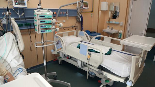 Doi pacienţi cu COVID din Craiova au murit în aşteptarea unor locuri libere la Terapie Intensivă