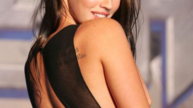 Christina Hendricks e cea mai sexy femeie din lume! Adio Megan Fox - Imaginea 15