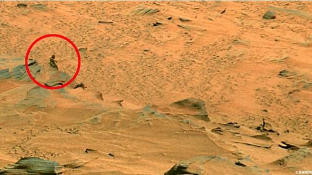 A fost descoperit scheletul unui extraterestru pe Marte?! - Imaginea 5