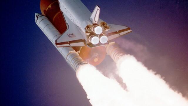 Lansare incununata de succes pentru naveta Atlantis!