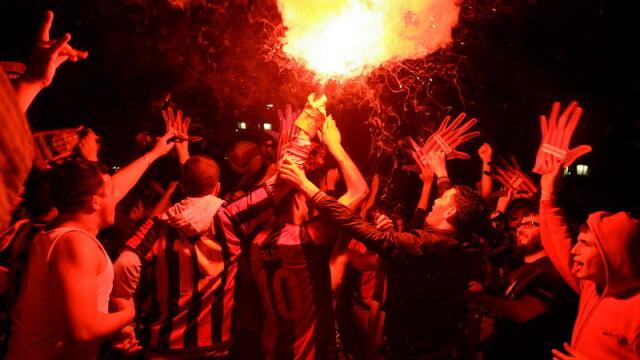 Un mort si peste 100 de raniti dupa finala de Cupa castigata de Barcelona