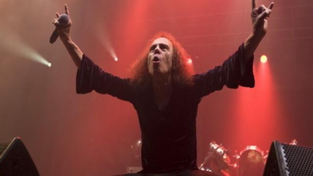 A murit un mare artist al muzicii rock: Ronnie James Dio! - Imaginea 1