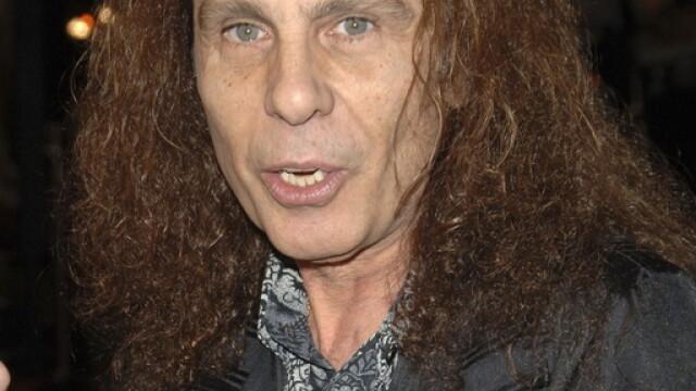 A murit un mare artist al muzicii rock: Ronnie James Dio! - Imaginea 2