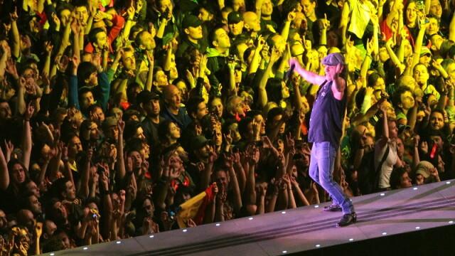 MEGA-concert! AC/DC a electrizat duminica seara Bucurestiul - Imaginea 5
