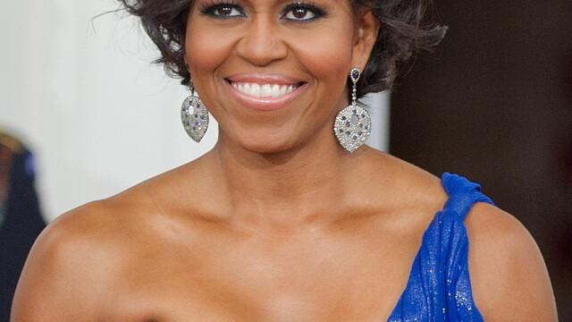 Arde calorii si mentine-te in forma cu hula hoops, precum Michelle Obama