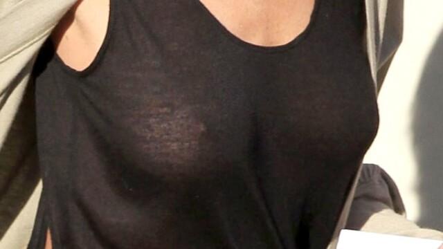 Lindsay Lohan pozeaza pentru Playboy. FOTO - Imaginea 7