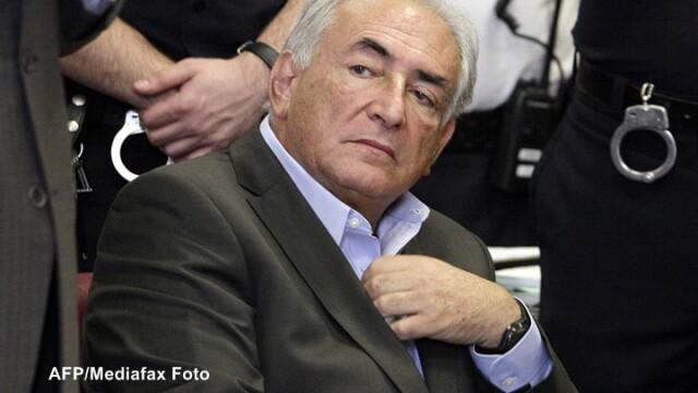 Rasturnare spectaculoasa in cazul DSK. Credibilitatea cameristei, facuta praf de procurori
