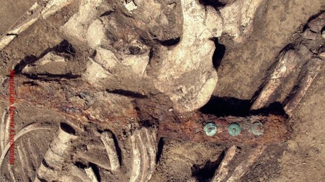 Drumul catre trecut. Arheologii lupta pentru salvarea satului medieval de pe Autostrada Soarelui - Imaginea 2
