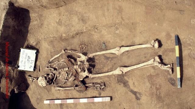 Drumul catre trecut. Arheologii lupta pentru salvarea satului medieval de pe Autostrada Soarelui - Imaginea 3