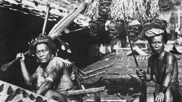 Colectionarii de capete umane. Tribul daiacilor din jungla Borneo