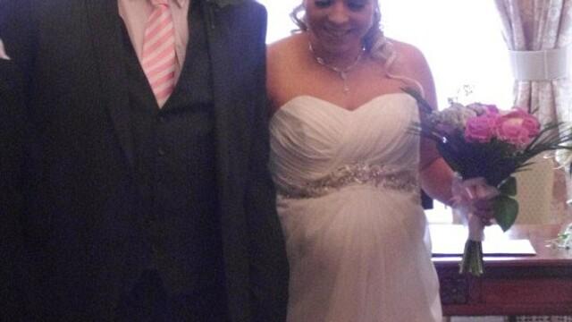 Nunta lor a fost, cu siguranta, unica. O mireasa a nascut dupa ce a spus DA si a ajuns si la nunta - Imaginea 4