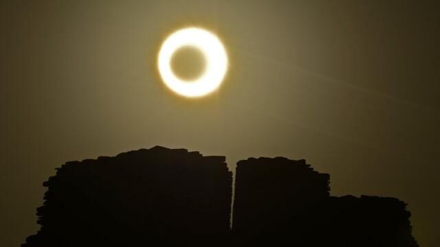 eclipsa - 4